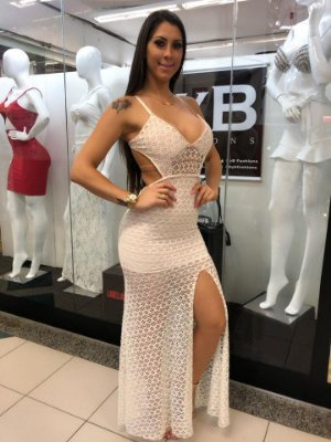 Vestido Nicole BYB04