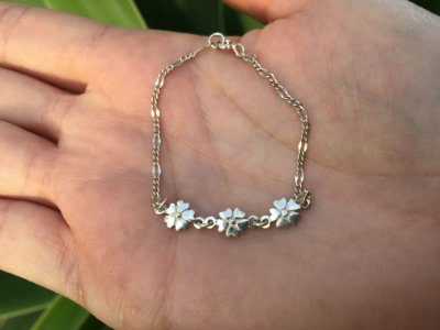Pulseira infantil flores em prata 925