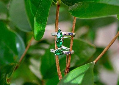 Fake piercing conch verde em prata 925