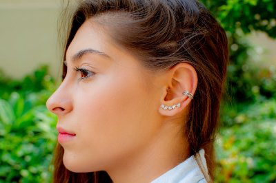 Brinco ear cuff  zircônias brancas prata 925