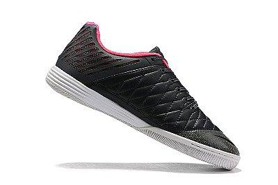 Chuteira Futsal Nike Lunar Gato II IC Preto Vermelho e Rosa