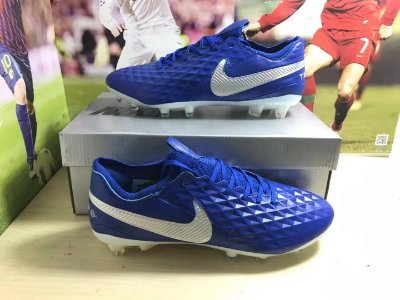 Chuteira Campo Nike Tiempo Legend 8 Elite FG Azul