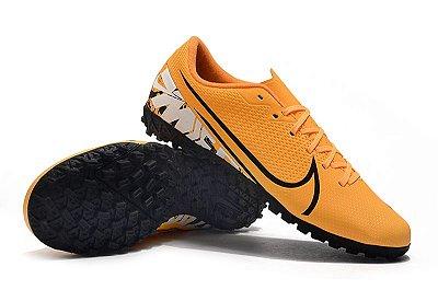 Chuteira Nike Mercurial Vapor 13 Academy Society Laranja FRETE GRÁTIS
