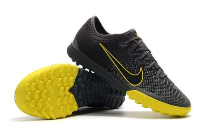 Chuteira Nike Mercurial VaporX VII Pro IC Society Game Over Cinza e Amarelo FRETE GRÁTIS