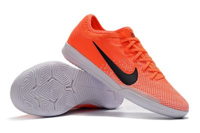 Chuteira Futsal Nike Mercurial VaporX VII Pro IC Laranja e Branco