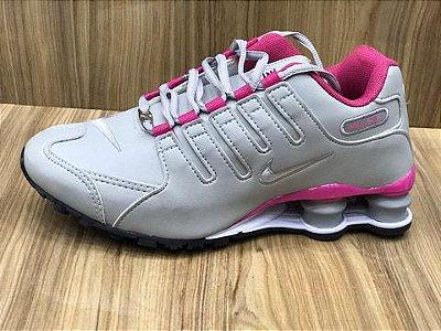 Tênis Nike Shox NZ 4 Molas Cinza e Rosa Importado - Pronta Entrega