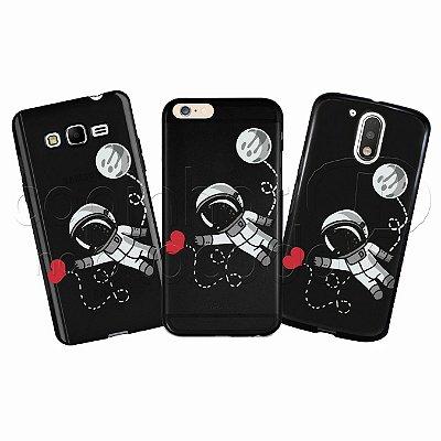 Capa Personalizada Premium BLACK - Astronauta Love