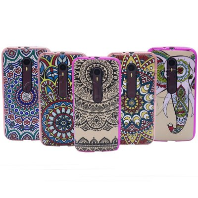 Capa de Silicone com Borda Metálica Indian - Estampas Sortidas