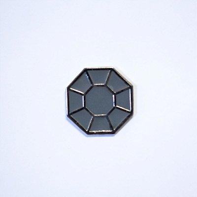 Pin Metálico Rocha