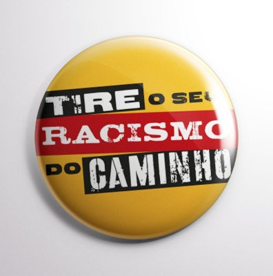 Botton Antirracismo Amarelo