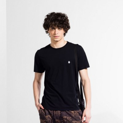 Camiseta Básica Masculina Manga Curta BASIS - PRETO