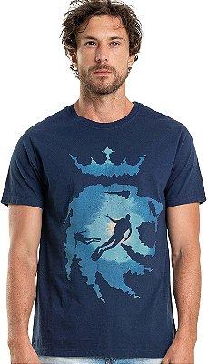 Camiseta Estampa Leão Mergulhador Gola Redonda Malha Algodão - Azul