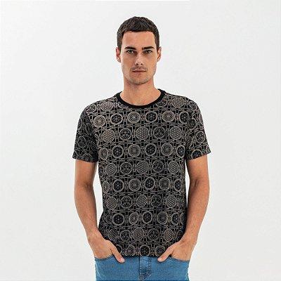 Camiseta masculina modelagem tradicional estampa Yantra - Preto