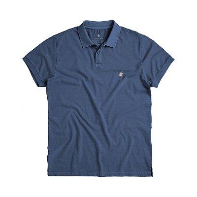 Camisa polo masculina básica estonada confeccionada em malha - Azul