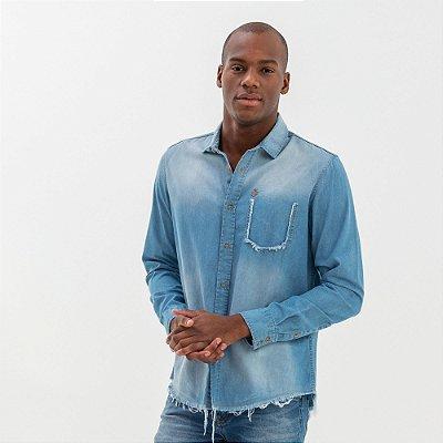 Camisa jeans masculina manga curta used e puídos - Denim