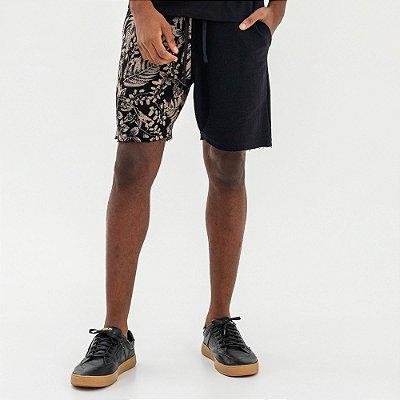 Bermuda moletom masculina com elástico estampa de folhagens - Preto
