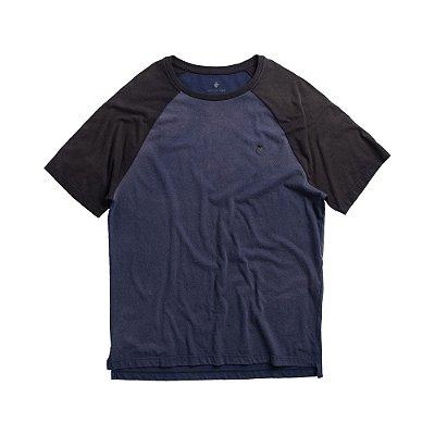 Camiseta raglan masculina manga curta efeito spray de corrosão  - Azul