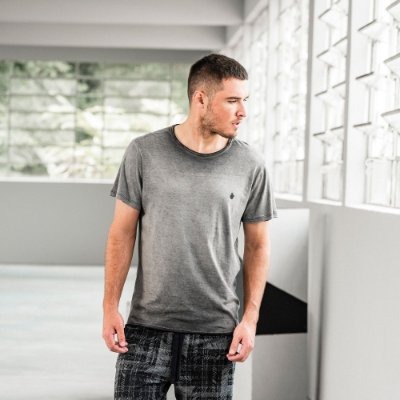 Camiseta masculina de manga curta em malha gase - Preto