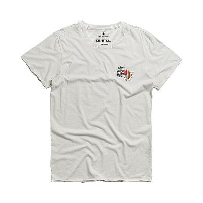 Camiseta masculina manga curta e gola redonda estampa leão e Mondrian - Bege