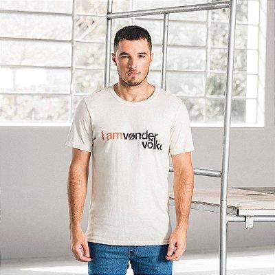 Camiseta masculina estampa lettering I Am Vøn der Völke - Bege