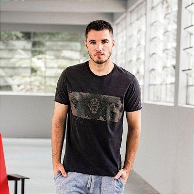 Camiseta masculina de manga curta estampa de leões - Preto