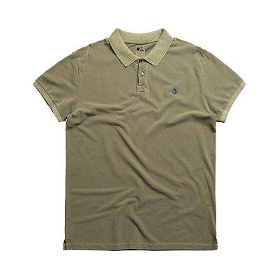 Camisa polo masculina básica estonada confeccionada em malhão - Verde