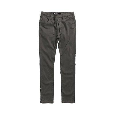 Calça masculina de sarja com elástico e cordão modelagem slim - Cinza