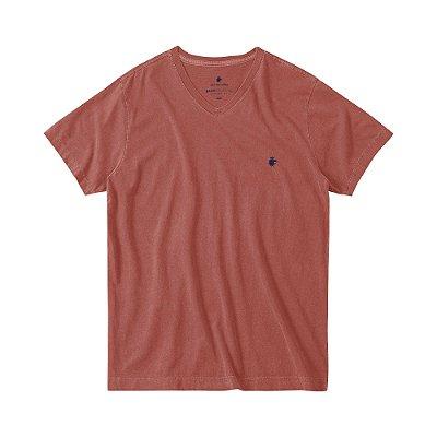 Camiseta básica masculina estonada gola V e manga curta - Vermelho