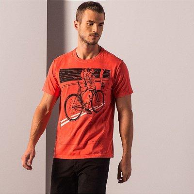 Camiseta masculina estonada de manga curta com estampa de ciclista - Vermelho