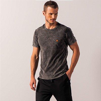Camiseta masculina dupla face efeito marmorizado estampa à laser - Preto