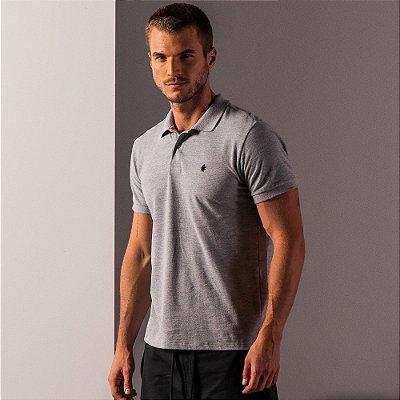 Camisa polo masculina básica em piquet gola em retilínea - Cinza