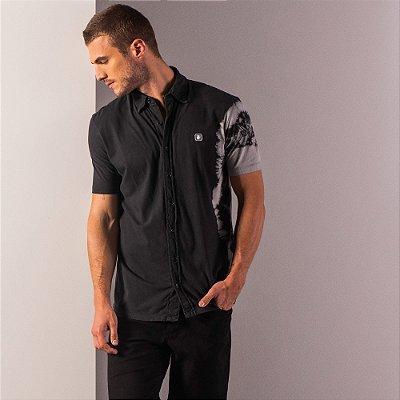 Camisa masculina de manga curta efeito spray tie dye frontal - Preto