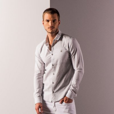 Camisa masculina listrada de manga longa efeito amassadinho - Cinza