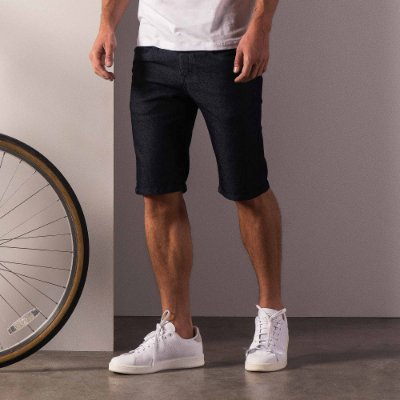 Bermuda jeans básica masculina com bolso com zíper - Dark Denim