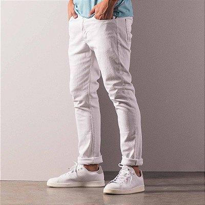 Calça básica masculina de sarja modelagem tradicional - Branco