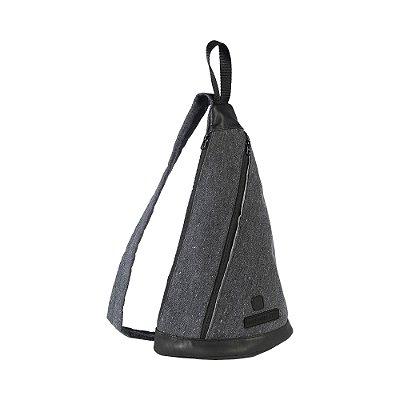 Mochila transversal em lona com detalhes em couro legítimo - Preto