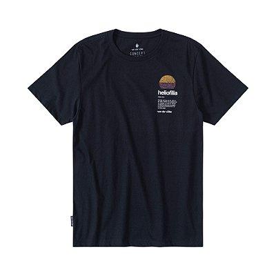 Camiseta masculina manga curta estampa do sol no peito - Preto