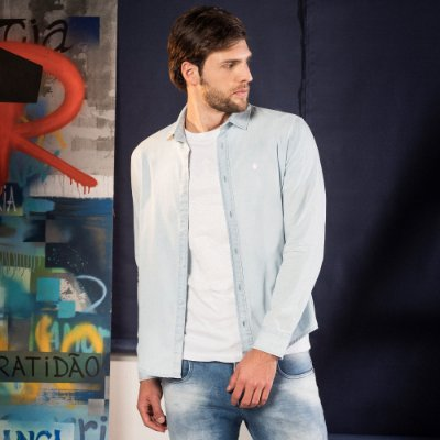 Camisa jeans masculina manga longa aviamento leão Vøn der Völke no peito - Denim