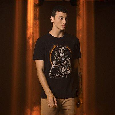 Camiseta Masculina Desenho Manual Leão Astronauta Lion Space