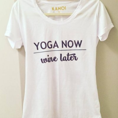 Camiseta Yoga Now Wine Later