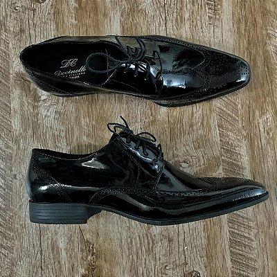 Sapato Verniz Preto em couro