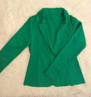 Blazer maravilhoso em neoprene na cor verde esmeralda