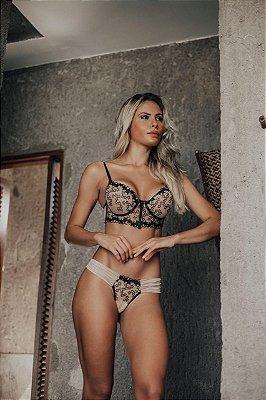 Conjunto de lingerie Cris bordado estrelinhas