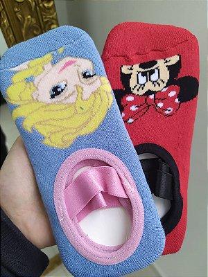 Kit com 2 meias sapatilhas infantis - Frozen e Minnie - Tamanho M