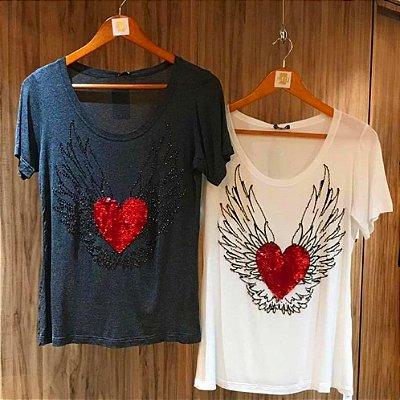 T-shirt bordada à mão - heart