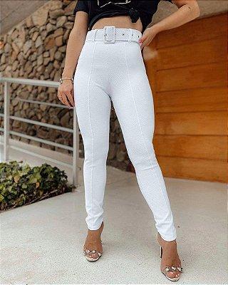 Calça skinny em tecido pop com cinto - Branca