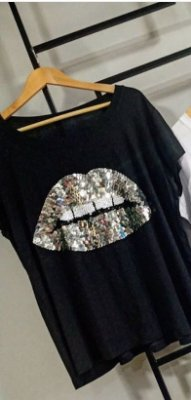 T-shirt bordada à mão - Lips - bordado Prata
