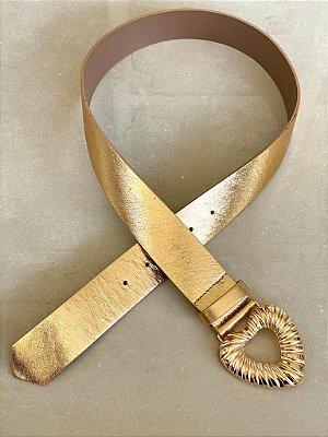 Cinto sweetheart couro metalizado dourado