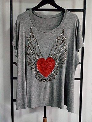 T-Shirt Bordada Heart - Cinza