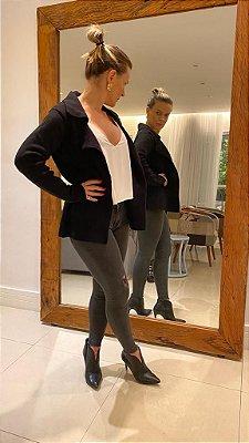 Blazer em tricot modal preto